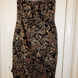 NWT, Black and Gold Maxi Skirt